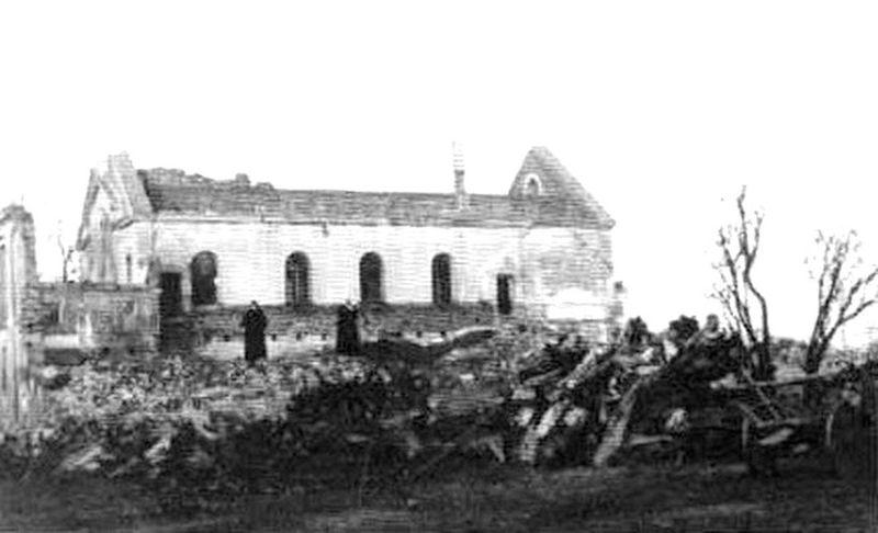 Klasztor Panien Benedyktynek w Łomży zburzony w 1939 roku.
