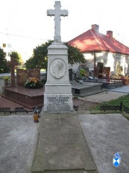 Grobowiec  Eugenii i Józefata  Śmiarowskich
