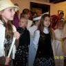 Anusia śpiewa Bosego pastuszka