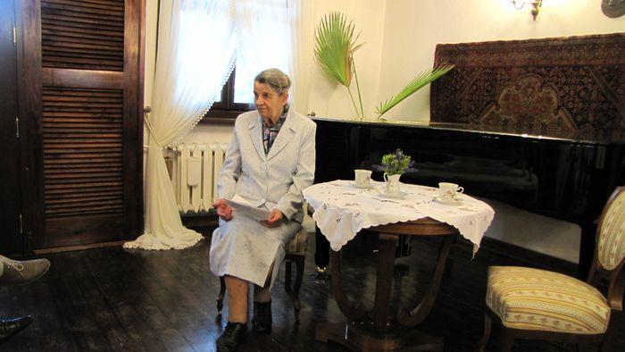 Pani Krystyna Witkowska w czasie wykładu