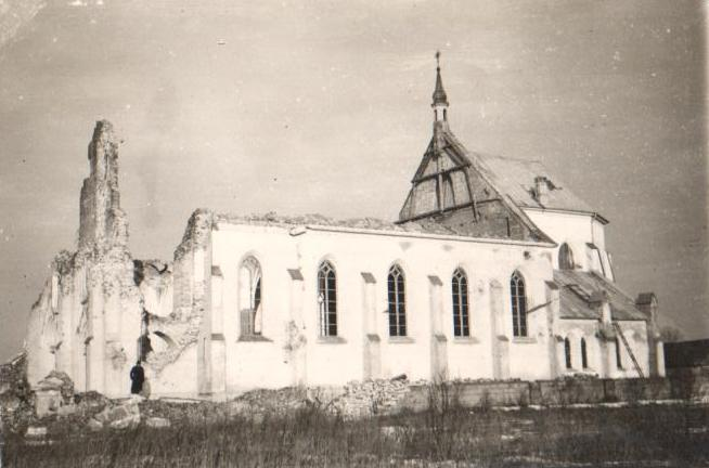 Kościół zburzony – 1944 r.