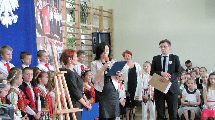 ani Ewa Sawicka czyta list od Pani Minister Edukacji Joanny Kluzik – Rostkowskiej