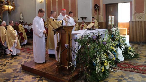 uroczysta Eucharystia