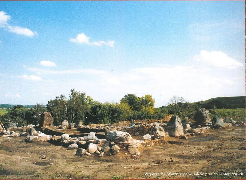 Wzgórze św. Wawrzyńca w czasie prac archeologicznych
