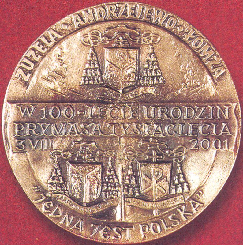 Medal z okazji 100 - lecia urodzin Prymasa Tysiąclecia