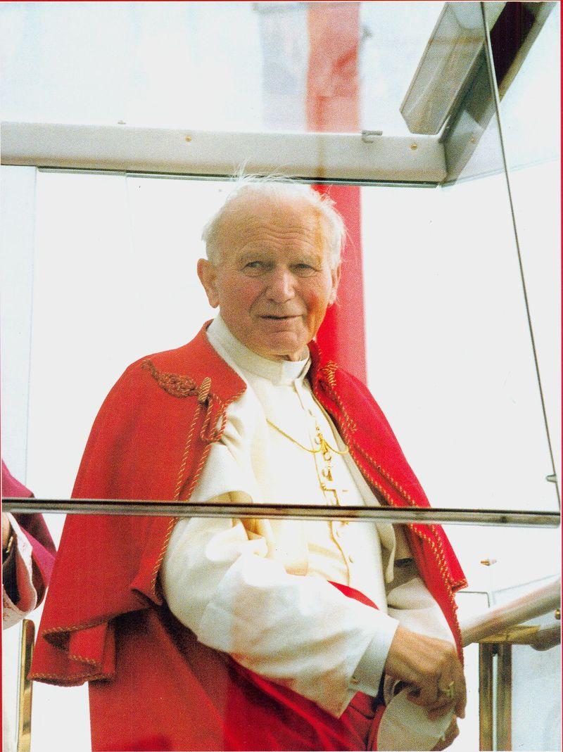 Papież Jan Paweł II w czasie wizyty w Łomży