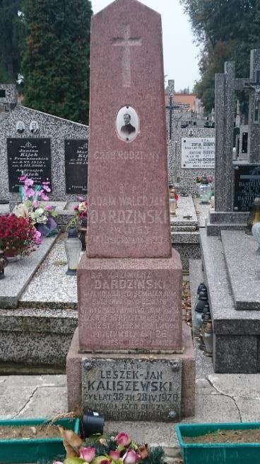 Grób rodzinny Dardzińskich