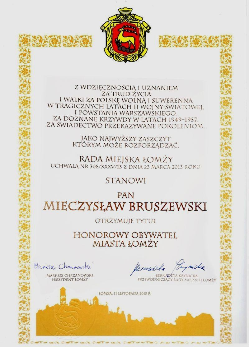 Akt nadania Honorowego Obywatela Miasta Łomży Panu Mieczysławowi Bruszewskiemu.
