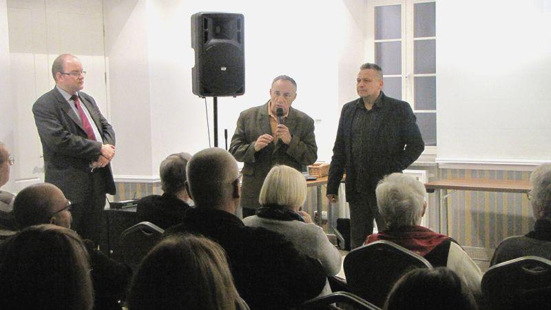 Karol Cuch 1 z lewej str.,Czesław Rybicki 2 z lewej str., Marek Lechowicz 1z prawej str.