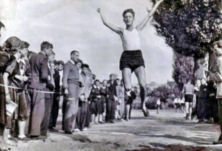 Skacze Waldek Sadlowski 1957