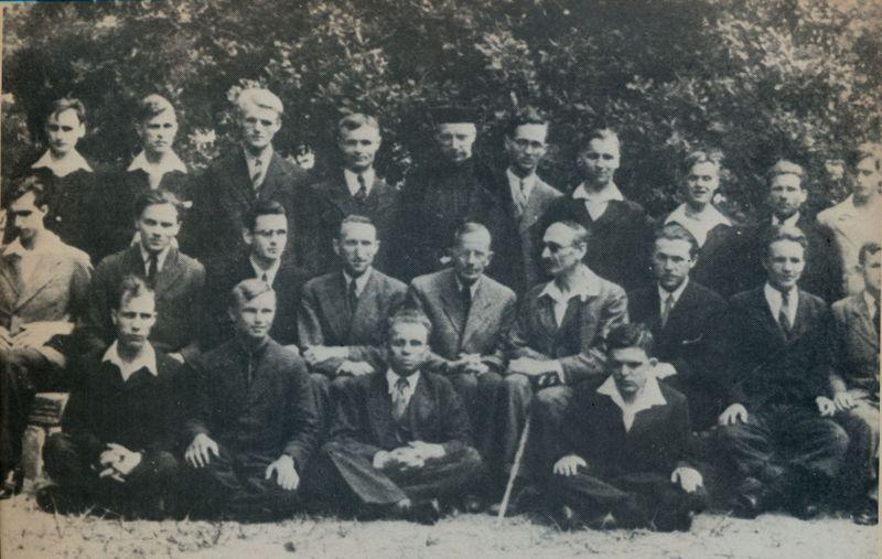 Pośród wychowawców i niewidomych wychowanków w Laskach 1943 r