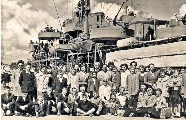 183. Statek