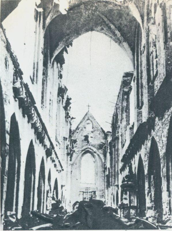 Katedra wrocławska zniszczona w czasie działań wojennych.