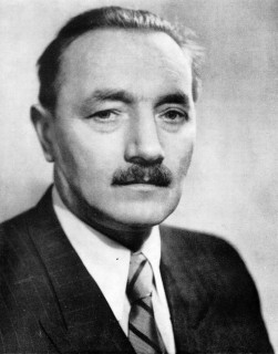 Bolesław Bierut Przewodniczący, a następnie Prezydent Krajowej Rady Narodowej żródło: wikipedia -domena publiczna