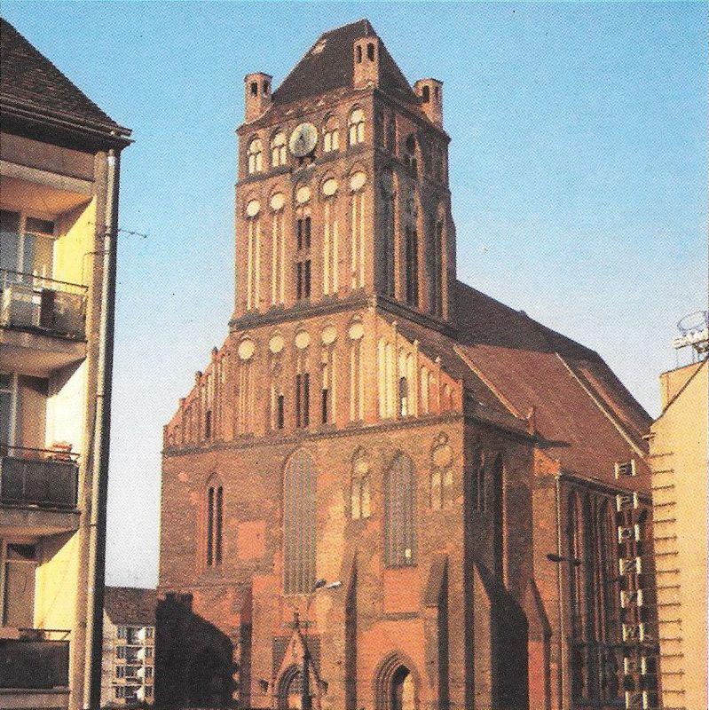 Odbudowana katedra św. Jakuba w Szczecinie.