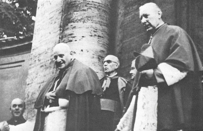Z Janem XXIII w kościele św. Andrzeja w Kwirynale, ggie pochowany jest św. Stanisław Kostka - 13 listopada 1962 r.