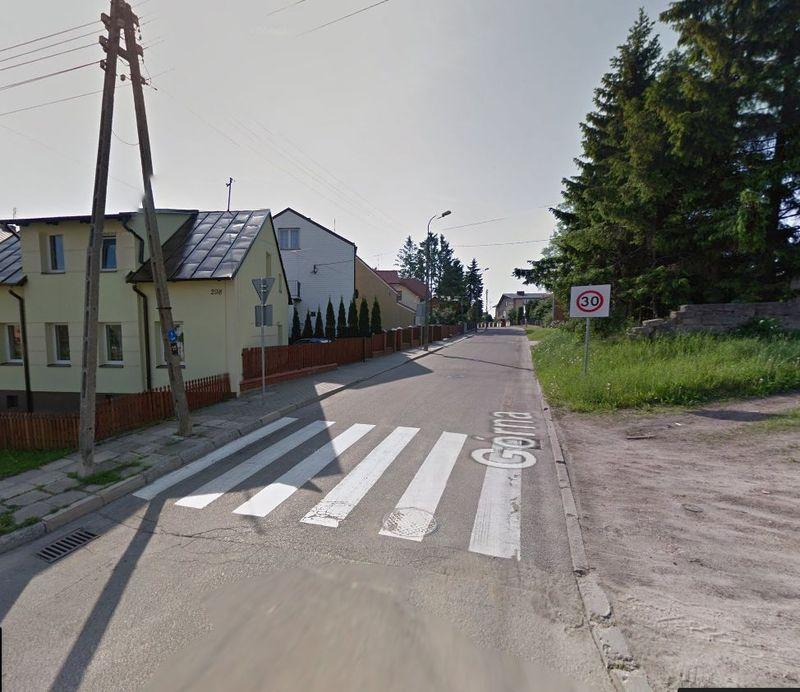 Ul. Górna od ulicy Gen. Władysława Sikorskiego