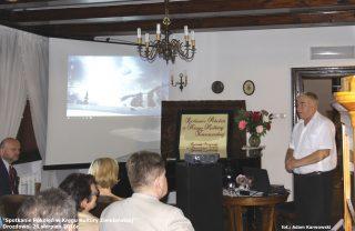 Andrzej Skarzyński potomek rodu Skarzyńskich herbu Bończa w trakcie prezentacji historii swojego rodu