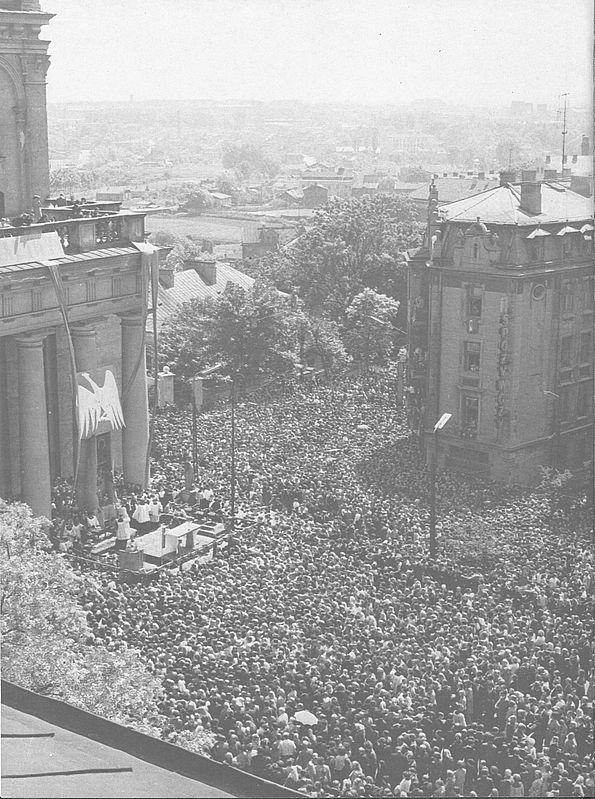 W uroczystościach millenijnych w Lublinie uczestniczyły wielkie rzesze wiernych