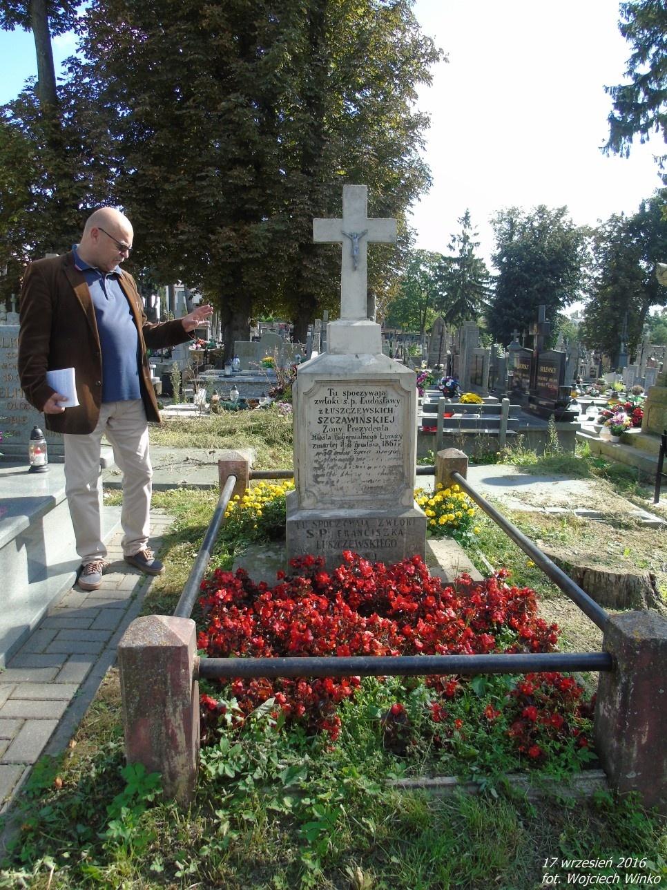 Grobowiec rodziny Szczawińskich, z której wywodzi się Prezydent miasta Łomży z czasów guberni łomżyńskiej