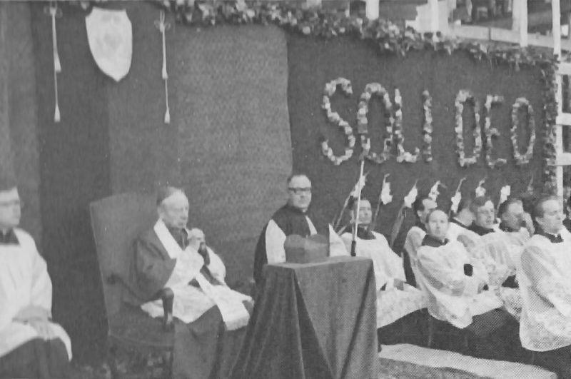 """Swoim kapłanom przypomniał, iż służyć """"Samemu Bogu"""" należy poprzez służbę ludziom"""