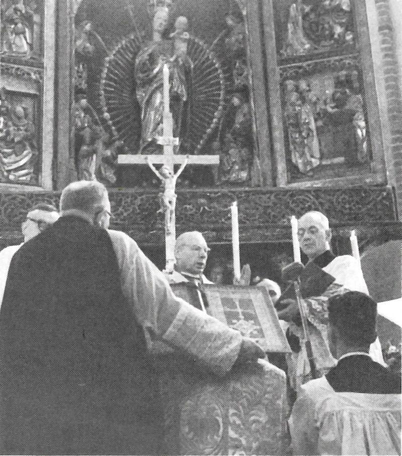 Udziela pelni kaplanstwa biskupowi I Modzlewskiemu