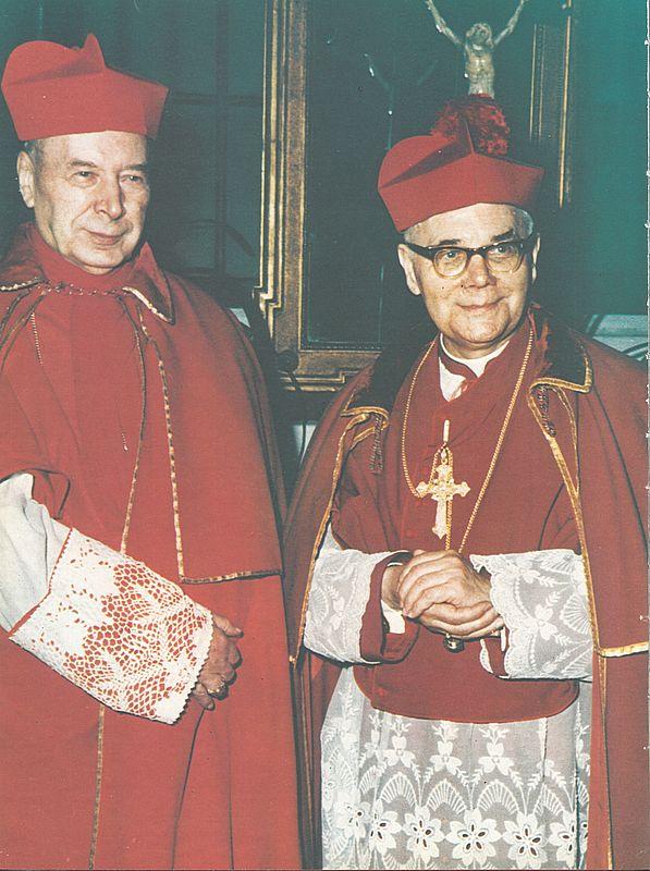 Z biskupem-jerzym-modzelewskim