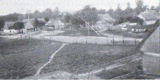 fot.14 Wieś Kuligi w 1915 roku. Tak zapewne wyglądały zabudowania wsi Grzędy. Fot. B. Perzyk, Twierdza Osowiec 1882-1915