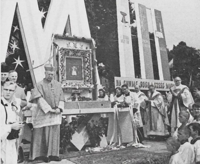 Na uroczystościach koronacji obrazu Matki Bożej w Licheniu